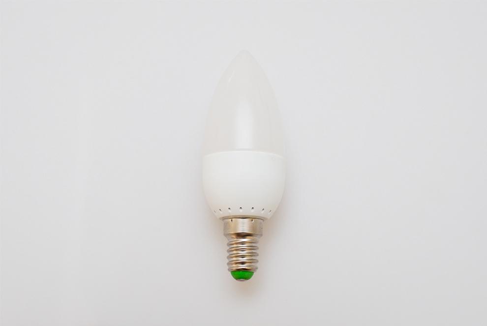 Żarówka E14 6 LED 3W 330lm